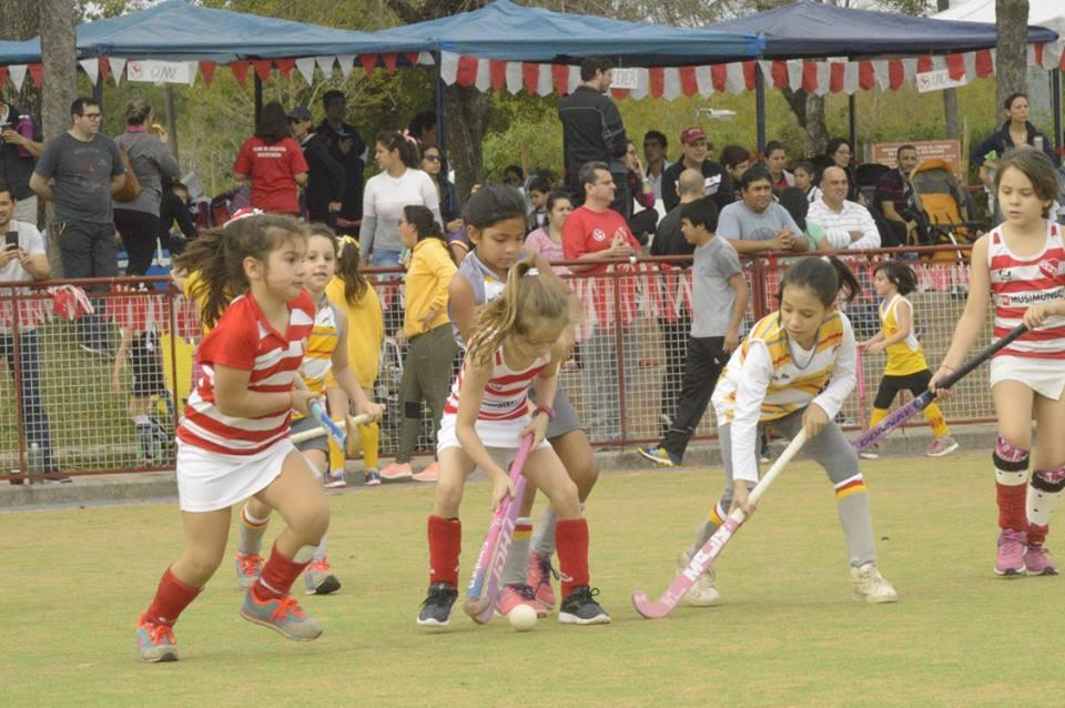 HOCKEY: exitoso torneo de infantiles